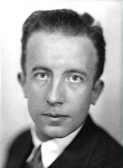 Paul_Éluard_circa_1930