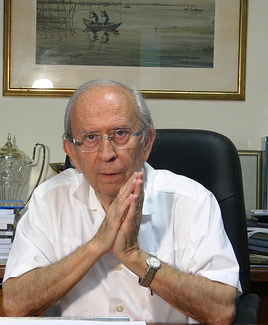Dr. Escudero